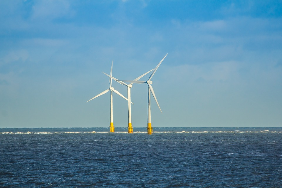 Profs. Barbara Kates-Garnick, Eric Hines, and OSW students submit note on connection between the integration of offshore and on shore wind transmission to NJ Board of Public Utilities